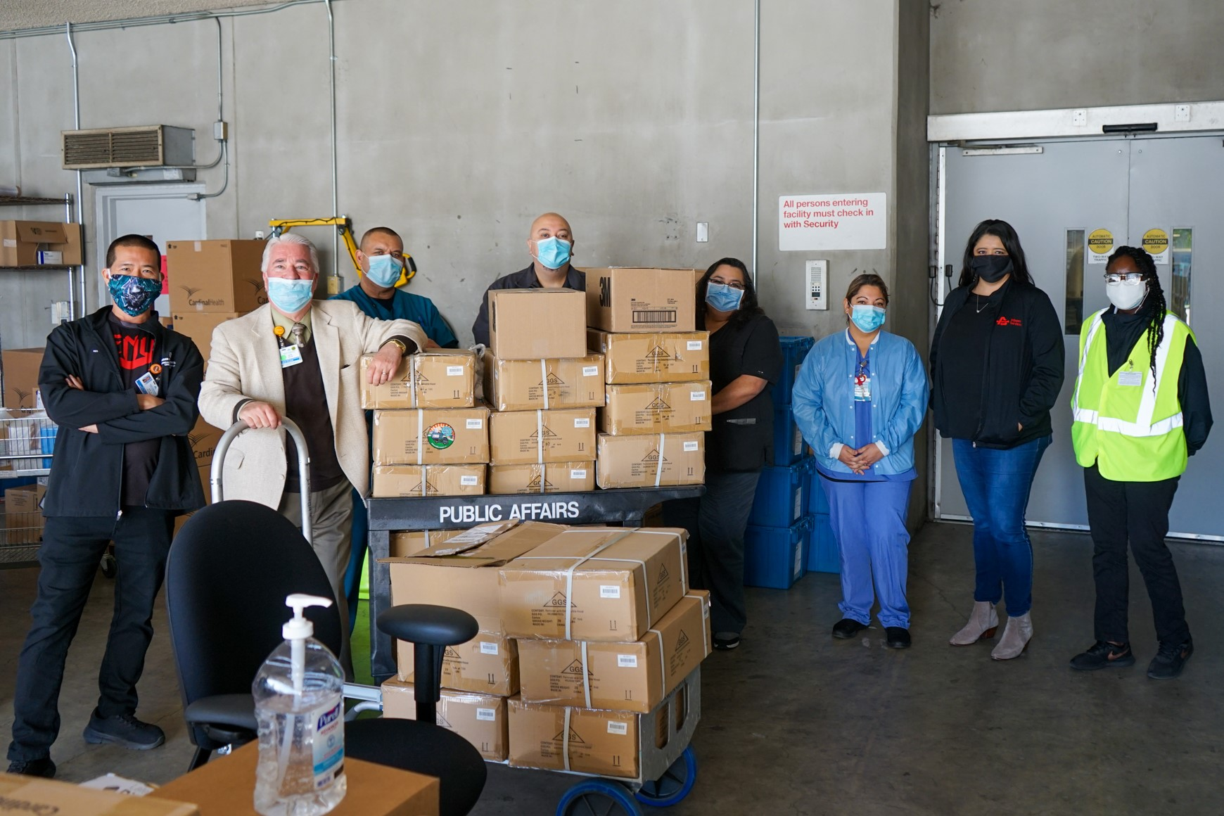 Kaiser Permanente Medical Team Receives Much-Needed Protective Equipment