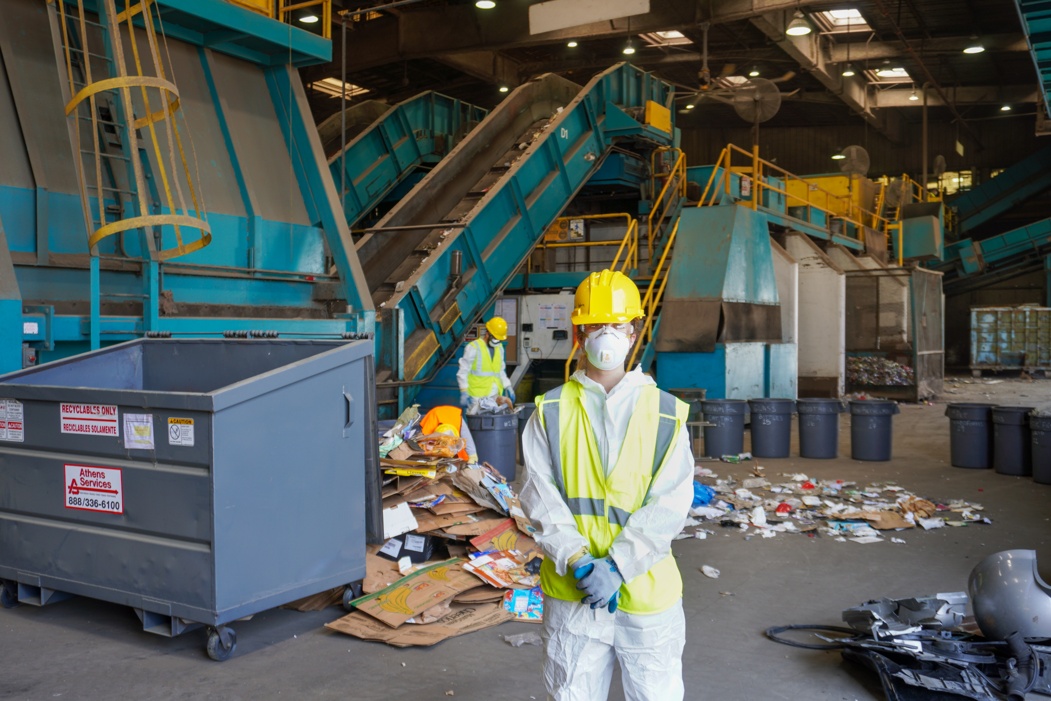 How Sorting Through Waste Improves Recycling